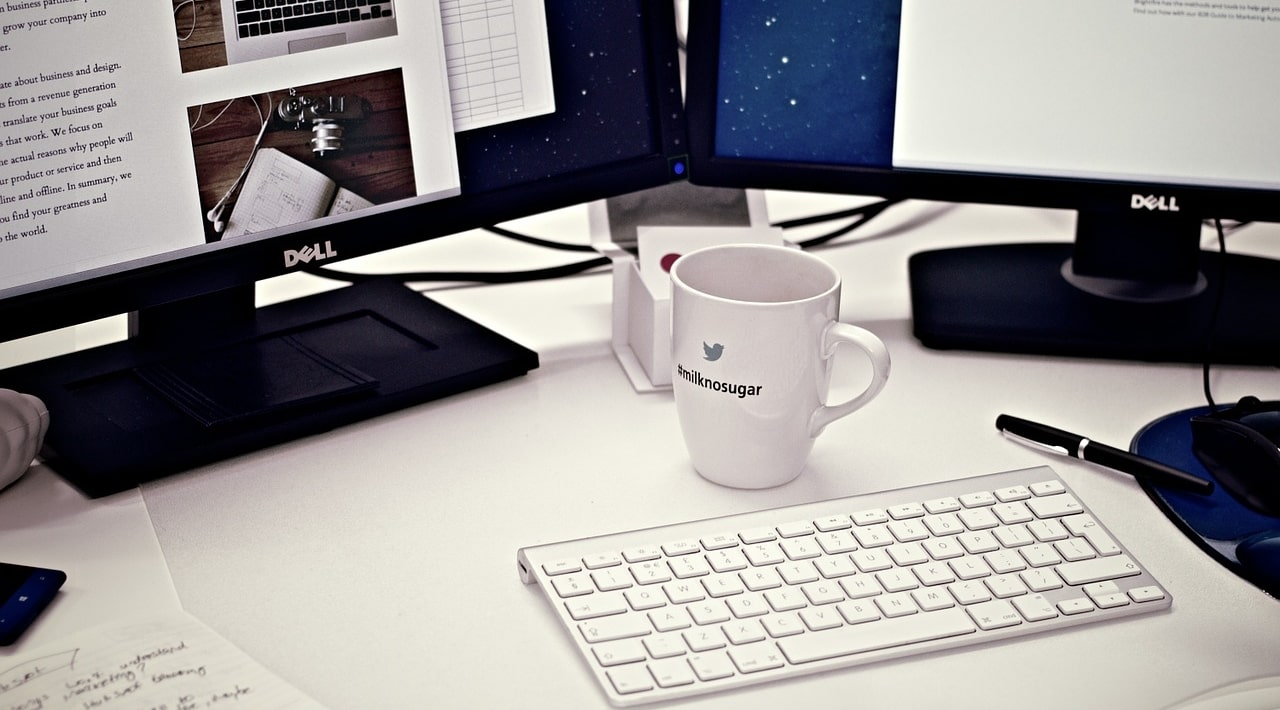 Кофе и стол